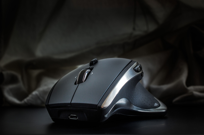 Best Gaming Mouse in 2019 - Perfect Mice for MMO, FPS and Wireless Play